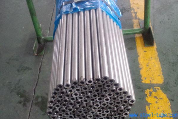 小口径钢管,无缝钢管,钢管规格,钢管型号,钢管尺寸,精密钢管,毛细管