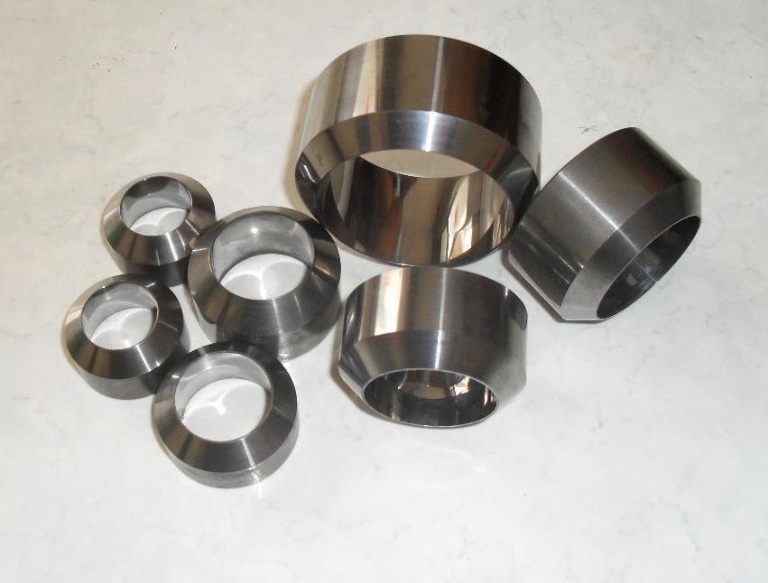 仁成金属生产精密管件