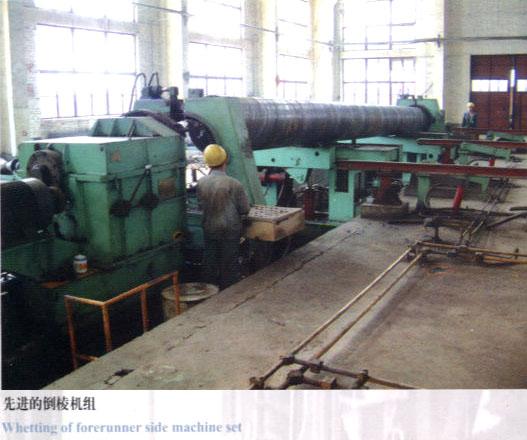 先进的倒棱机组-螺旋钢管制造主要工艺流程及特点