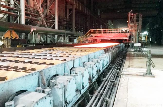 国内最高强度2000MPa级别贝氏体耐磨钢于鞍钢顺利下线