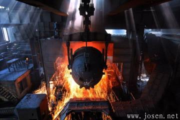 美国关税影响波及全球 钢铁企业被迫减产!