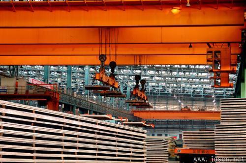 华菱钢铁百亿重组过会 钢铁行业市场化债转股开出第一单